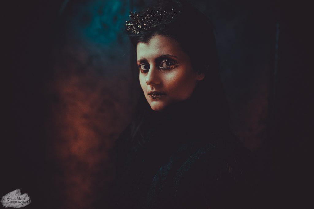 portrait-eines-weiblichen-vampires