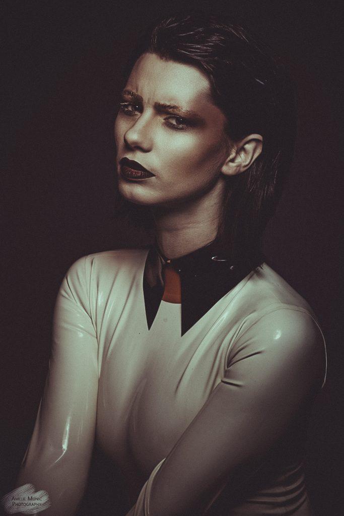starkes-Portrait-einer_Frau